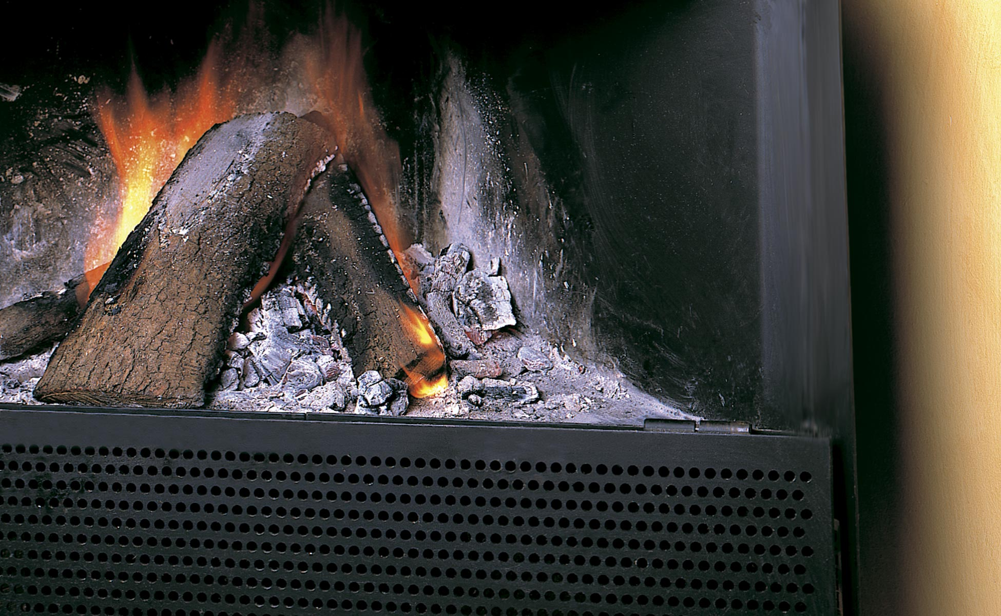 Chimenea MM. Detalle del fuego